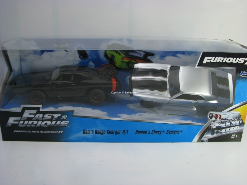 Dodge Charger R/T a Chevy Camaro Fast and Furious 1:32 Jada Toys